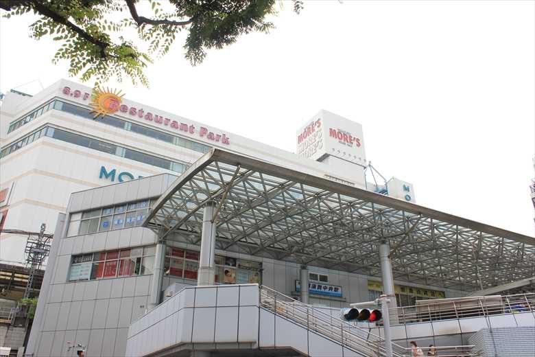 横須賀中央駅の画像