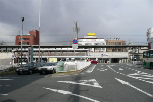 富雄駅の画像
