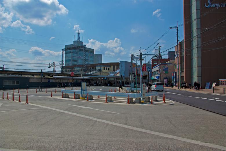 大和西大寺駅の画像